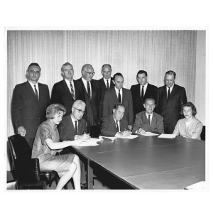 Dusty-Roads-Archive-Image-contract-signing-1